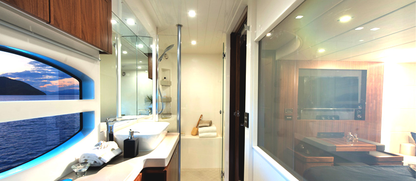switchable-glass-on-a-boat